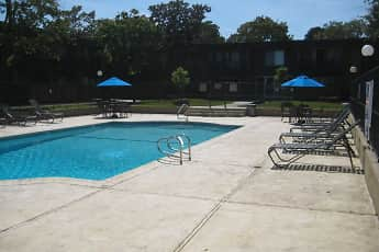 Pool, Bonnie Terrace Apartments, 2