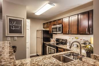 Kitchen, River Crossing At Keystone Apartments, 1