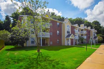 Building, Summer Ridge Apartments, 2