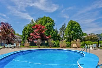 Pool, Maple Ridge Apartments, 1