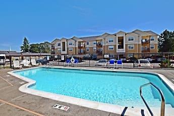 Pool, Webster Ridge Apartments, 1