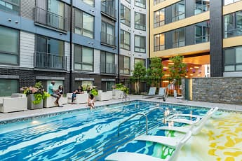 Pool, Central, 0