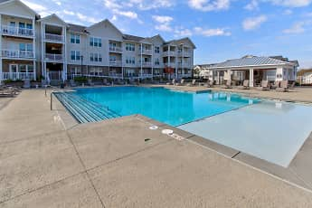 Pool, Station at Poplar Tent Apartments, 0