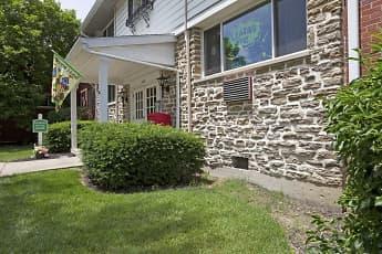 Leasing Office, Mayridge & Westbrook, 1