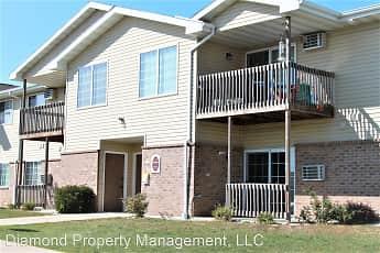 Building, Gateway Estates Apartments, 0