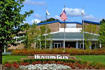 Landscaping, Hunters Glen Apartments, 0