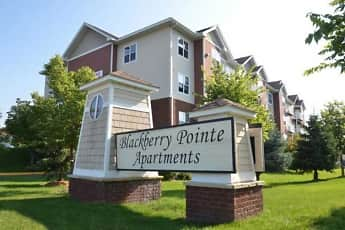 Building, Blackberry Pointe Apartments, 0