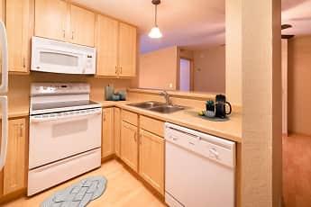 Kitchen, Maple Ridge Apartment Homes, 0
