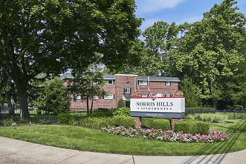 Community Signage, Norris Hills Apartments, 0