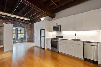 Kitchen, Hartford Carriage House, 0