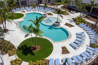 Pool, Volaris Live Oak, 0