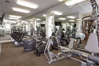 Fitness Weight Room, Reflections Of Island Park, 0