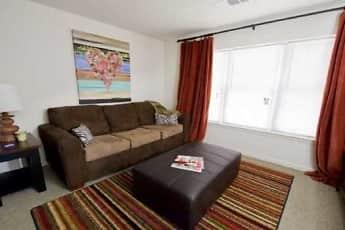 Living Room, 2909 Oliver, 2
