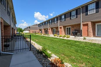 The Bluffs At Cherry Hills Townhomes, 0