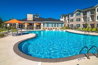 Pool, Hawthorne At Leland, 0