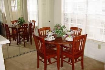 Dining Room, Summit At Roanoke, 2