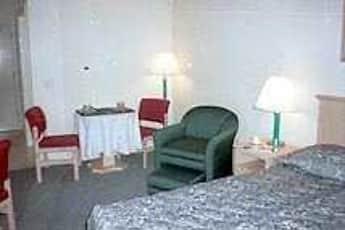 Living Room, Atrium Garden Studios, 2