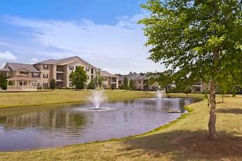 Building, Houston Lake Apartment Community, 1