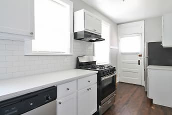 Kitchen, Oak Park Apartments, 2