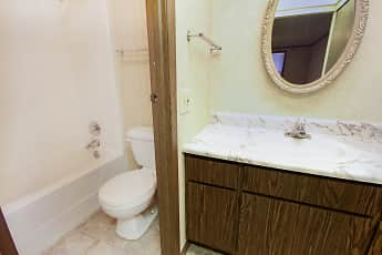 Bathroom, Wentworth Estates, 2