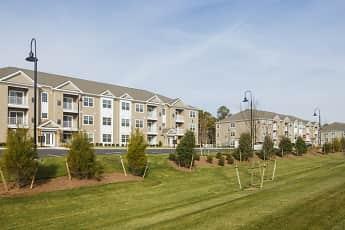 Building, Laurel Oaks Apartments, 1