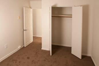 Bedroom, Alpine Court East, 1