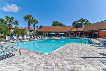 Pool, Lexington Crossing - Per Bed Lease, 0