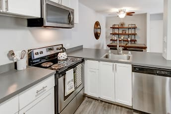Kitchen, The Clayson, 0