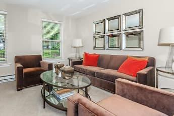 Living Room, The Grand at Neshaminy, 1