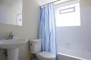 Bathroom, Mayridge & Westbrook, 2