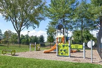 Playground, SDK Tenby Chase, 2