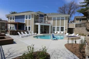 Pool, Kendallwood, 2