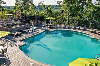 Pool, Avalon Green, 0