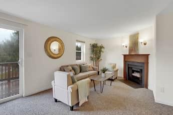 Living Room, Cool Creek Manor Apartments, 0