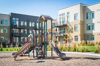Playground, 8000 Uptown, 2