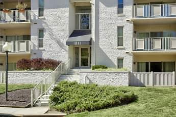 Building, Annapolis Roads Apartments, 1