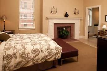 Bedroom, Chestnut Green Apartments, 2