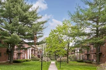 Recreation Area, Fernwood Apartments, 1