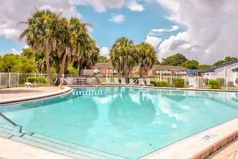 Pool, Lakeshore Club Apartments And Townhomes, 1