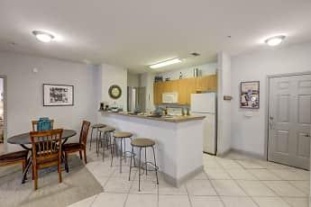 Kitchen, University LinQ - Per Bed Lease, 0