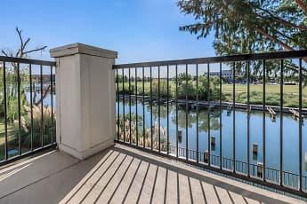 Lakepointe Residences, 2