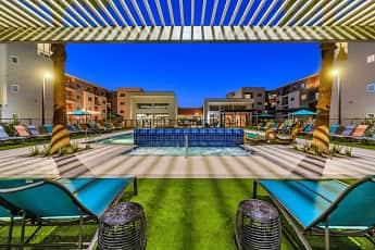 Pool, Paradise at P83, 0