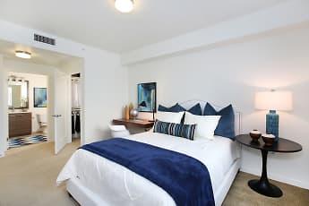 Bedroom, Tempo Riverpark, 2