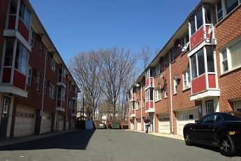 Building, 977-983 Stuyvesant Apartments, 2