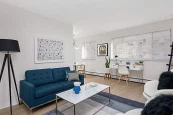 Living Room, 455 W. Wellington, 0