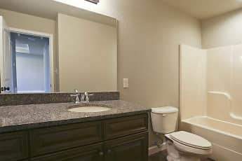 Bathroom, Hidden Pointe, 2