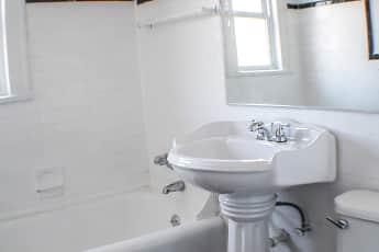 Essex Morley Apartments, 2