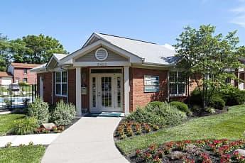 Leasing Office, Four Seasons, 1