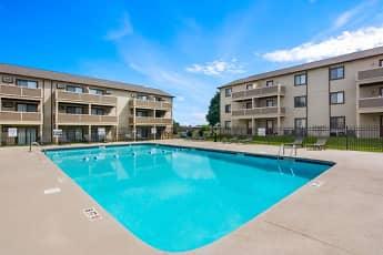 Gable Oaks Apartments, 2