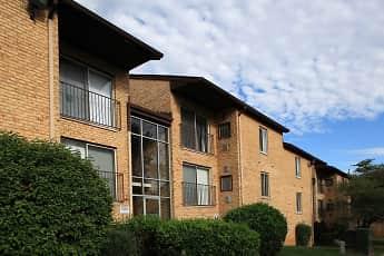 Building, Linden Park Apartments, 0